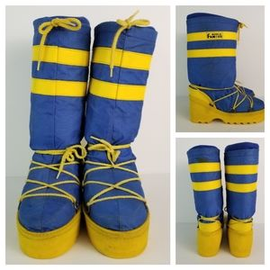 Vintage World Famous 7/8 Blue Yellow Moon Boots